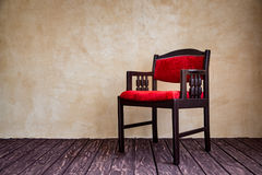 Vintage red armchair Royalty Free Stock Photos