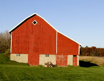 Vintage red barn in Wisconsin Stock Images