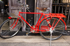 Vintage red bicycle Royalty Free Stock Photos