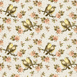 Vintage seamless background with retro birds in the garden Royalty Free Stock Photography