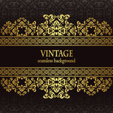 Vintage seamless wallpaper with a gold frame Stock Photography