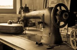 Free Vintage Sewing Machine Royalty Free Stock Image - 50213736