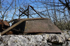 Vintage single-wheel cement cart Royalty Free Stock Photography
