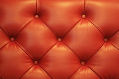 Vintage Sofa Button en cuir rouge Photos stock