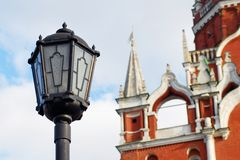 Vintage street light and Moscow Kremlin tower Royalty Free Stock Images
