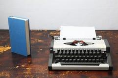 Vintage Travel Typewriter Royalty Free Stock Photography
