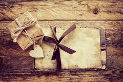 Vintage valentine's day greeting card and gift box Stock Photography