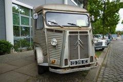 Vintage van Citroen H Van (HY 72), 1973 Fotos de archivo