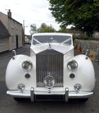 Vintage White Wedding Car Royalty Free Stock Images