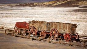Vinte mula Team Wagon no Vale da Morte Fotografia de Stock Royalty Free
