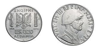 Vinte reino 1939 de Itália, segunda guerra mundial acmonital de Vittorio Emanuele III da moeda de LEK Albania Colony de 20 centav Foto de Stock