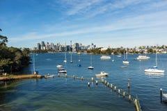 Vinter för bakgrund för stad för Greenwich hamnpöl arkivfoto