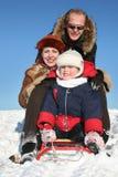 vinter för familj sled2 Arkivbild