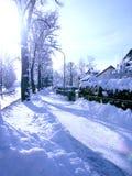 Vinter i gatan. Arkivfoton