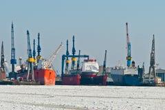 Vinter i hamnen royaltyfri bild
