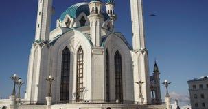Vinter Kazan med turister 4K på RÖD kamera arkivfilmer