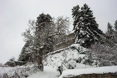 Vinter på Trikala Korinthias, Peloponnese, Grekland Royaltyfri Bild
