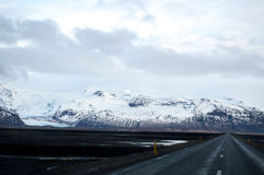 Vinter Roadtrip i Island Arkivbilder