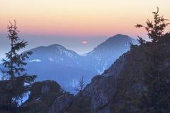 Vinter Tatras i Eastern Europe royaltyfri fotografi