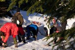 Vinteraffärsföretag Limbing utbildning för Ð-¡ carpathians ukraine arkivbild