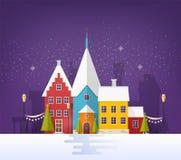 Vintercityscape eller stads- landskap med byggnader eller hus och festliga gatagarneringar i snöig afton liten stad stock illustrationer