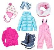 Vinterkid& x27; s-child& x27; isolerad fastställd collage för s-kläder royaltyfria foton