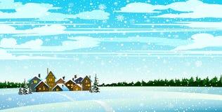 Vinterlandsckape med skogen och hus Royaltyfri Foto
