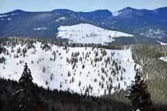 Vinterlandskap i bergen Royaltyfri Bild