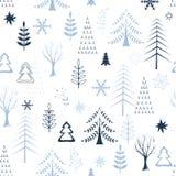 Vinterlandskap med träd Arkivbild
