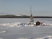 Vinterlandskap på den iskalla sjön Royaltyfri Foto