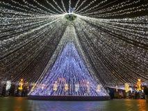 Vintern i Bucharest, julhändelse förbereder sig Royaltyfri Bild