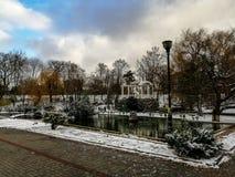 Vintern parkerar i Simferopol arkivfoton