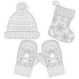 Vintern stack sockan för gåvan från jultomten, locket, handsken, tumvanten Fotografering för Bildbyråer
