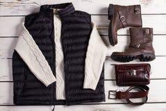 Vintersamling av mäns kläder royaltyfri fotografi