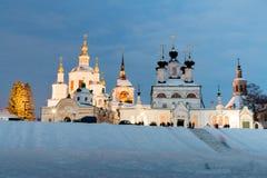 Vintersikt av den historiska mitten Veliky Ustyug, Ryssland Arkivbilder
