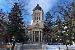 Vintersikt på Manitoba lagstiftande församlingbyggnad Winnipeg Manitoba, Kanada Denna neoclassical byggnad med Golden Boy royaltyfri fotografi