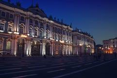 Vinterslott i helgonet Peterburg Royaltyfria Bilder