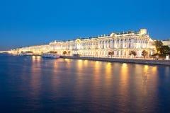 Vinterslott i St Petersburg Arkivfoton
