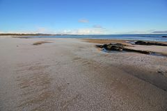 Vintersnö på den Dornoch stranden Royaltyfri Fotografi