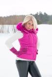Vinterstående av den sexiga flickan Fotografering för Bildbyråer