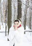 Vinterstående av en flicka Royaltyfri Fotografi