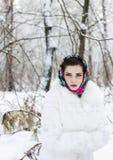 Vinterstående av en flicka Royaltyfri Bild