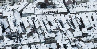 Vinterstad, flyg- sikt Brasov Fotografering för Bildbyråer