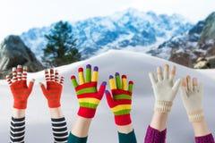 Vintertumvanten och handskar Royaltyfri Fotografi