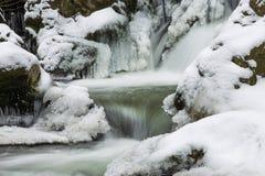 Vintervattenfall Fotografering för Bildbyråer