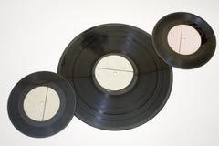 Vinylrekord av olika format lägga diagonalt Royaltyfria Foton