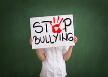 Violência em escolas de hoje imagens de stock