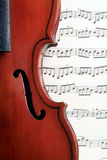 Violín y notas Foto de archivo libre de regalías