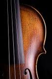 Viola del violino isolata sul nero Fotografie Stock