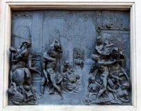 Violación de Sabine Women, Giambologna, Florencia, Italia del bajorrelieve Imagen de archivo